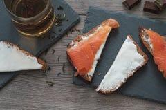 Petiscos Salmon da manhã Imagens de Stock Royalty Free