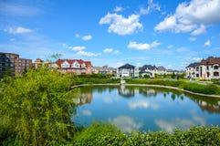 Petit étang dans le voisinage Image stock