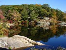 Petit étang en stationnement d'état de Harriman, NY Image libre de droits