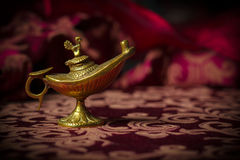 Petit Aladdin Lamp Macro antique Photo stock