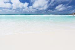 Petit Anse, La Digue, Seychellerna Arkivfoto