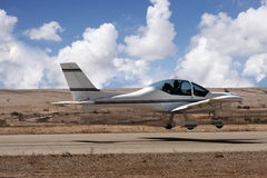 Petit atterrissage d'avion Photo stock