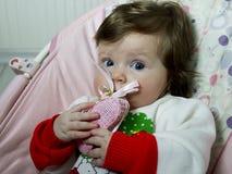 Petit bébé mignon avec des jouets Photo stock