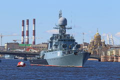 Petit bateau anti-sous-marin Images stock