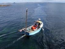 Petit bateau de pêche Photographie stock