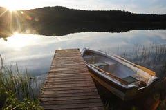 Petit bateau de pêche Photos libres de droits