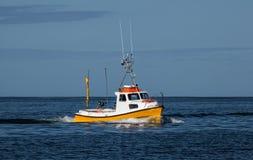 Petit bateau de pêche Image libre de droits