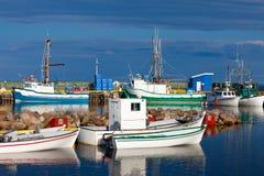 Petit Canada de Labrador d'intrigue amoureuse de Lanse de bateaux de pêche Image stock