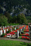 Petit cimetière suisse photographie stock libre de droits