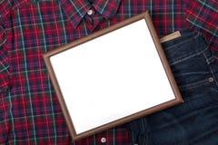 Petit conseil vide avec la culotte et la chemise Image stock