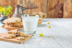 Petit déjeuner avec du lait Photos libres de droits