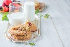 Petit déjeuner avec du lait Image libre de droits