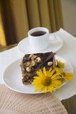 Petit déjeuner avec le gâteau de choco Photo stock