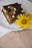 Petit déjeuner avec le gâteau de choco Image libre de droits