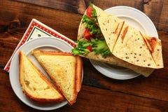 Petit déjeuner avec le sandwich Photographie stock