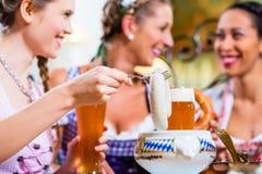 Petit déjeuner blanc de saucisse de veau en Bavière Images libres de droits