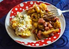Petit déjeuner chaleureux Image libre de droits