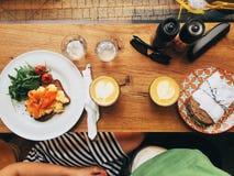 Petit déjeuner dans deux Photographie stock libre de droits