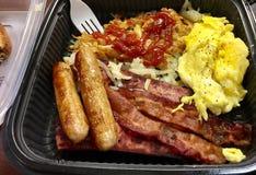 Petit déjeuner des oeufs, du lard et de la saucisse Photo libre de droits