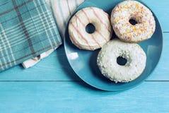 Petit déjeuner doux sur la table Images libres de droits