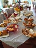 Petit déjeuner européen en Italie Image stock