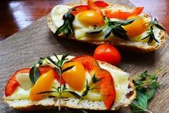 Petit déjeuner lumineux Images stock