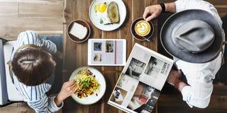 Petit déjeuner mangeant la nourriture et le concept de restaurant de boissons Images stock
