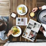Petit déjeuner mangeant la nourriture et le concept de restaurant de boissons Photo stock