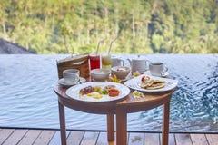 Petit déjeuner traditionnel de Balinese Image libre de droits