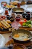 Petit déjeuner turc sur la table, vue supérieure photos stock