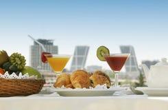 Petit déjeuner dans une terrasse à Madrid Image stock