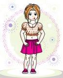 Petit enfant en bas âge roux de fille se tenant en tissu occasionnel à la mode illustration libre de droits