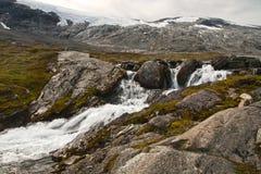 Petit fleuve de montagne Image libre de droits