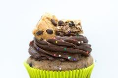 Petit gâteau décoré - vue de face photo stock