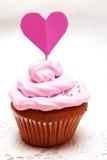 Petit gâteau de Valentine Photos libres de droits