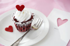 Petit gâteau de Valentine Image libre de droits