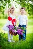Petit garçon et fille Image stock