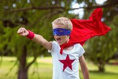 Petit garçon habillé comme Superman Images libres de droits