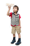 Petit garçon jouant avec un avion de jouet Images libres de droits