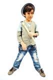 Petit garçon jouant la cannelure Photos libres de droits