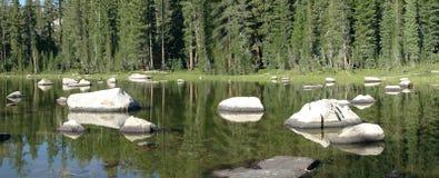 Petit lac image stock