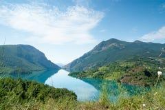 Petit lac dans les Pyrénées Photo libre de droits