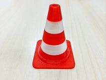 Petit modèle rouge et blanc de cône Photos stock