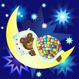 Petit ours mignon dormant sur la lune Photographie stock