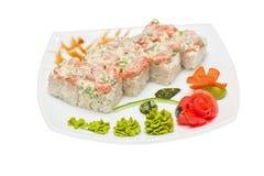 Petit pain avec de la sauce crème, poisson saumoné photo libre de droits