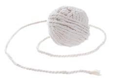 Petit pain blanc de corde sur le fond blanc Photographie stock