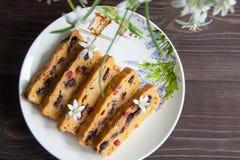 Petit pain de banane et de carotte Images stock