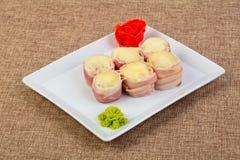 Petit pain de Japonais avec le lard Photo libre de droits