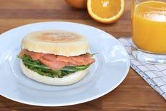 Petit pain de petit déjeuner Photo stock