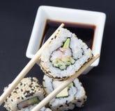 Petit pain de sushi de la Californie Images stock